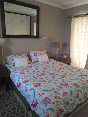Room 1 Southern Most Stay