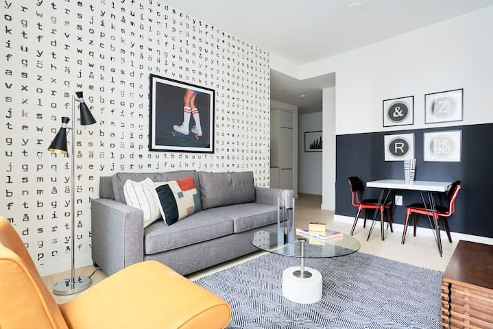 Sonder | Stock Exchange | Simple 1BR + Lounge
