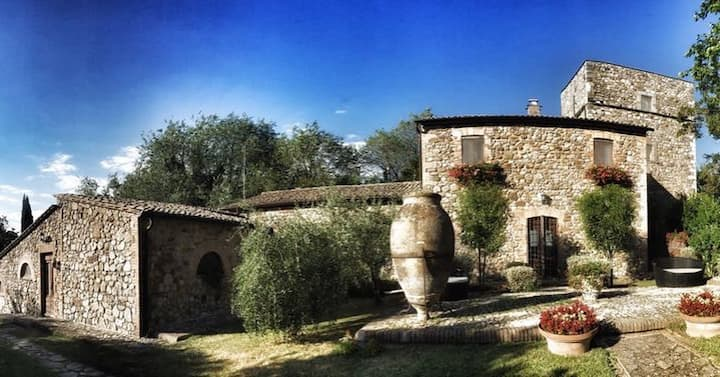 Antico Podere Vitiano- Luxury Country house