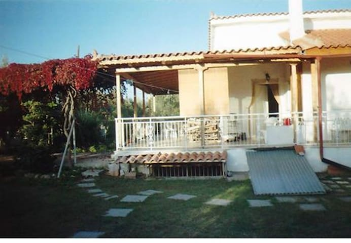 Family house with 4 bedrooms near the sea - Agios Konstantinos - Dom