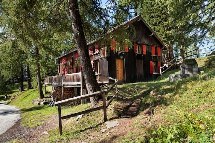 Le Ranch-p'tit coin de paradis au Col des Planches - Vollèges - Lomamökki