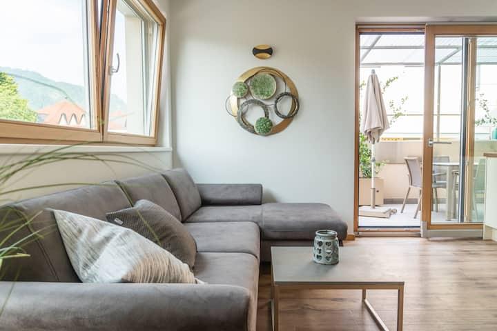 Algund-helle ruhige Wohnung mit Terrasse + Garage