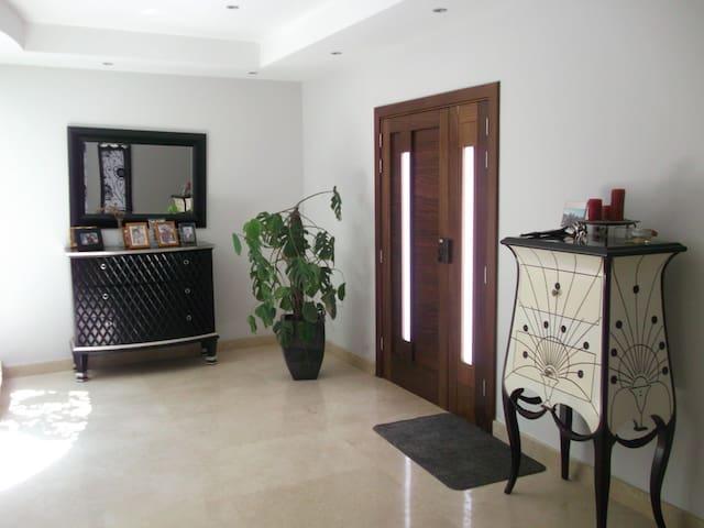 Coast Ridge Mansion (Room 7) - Naxxar - Guesthouse