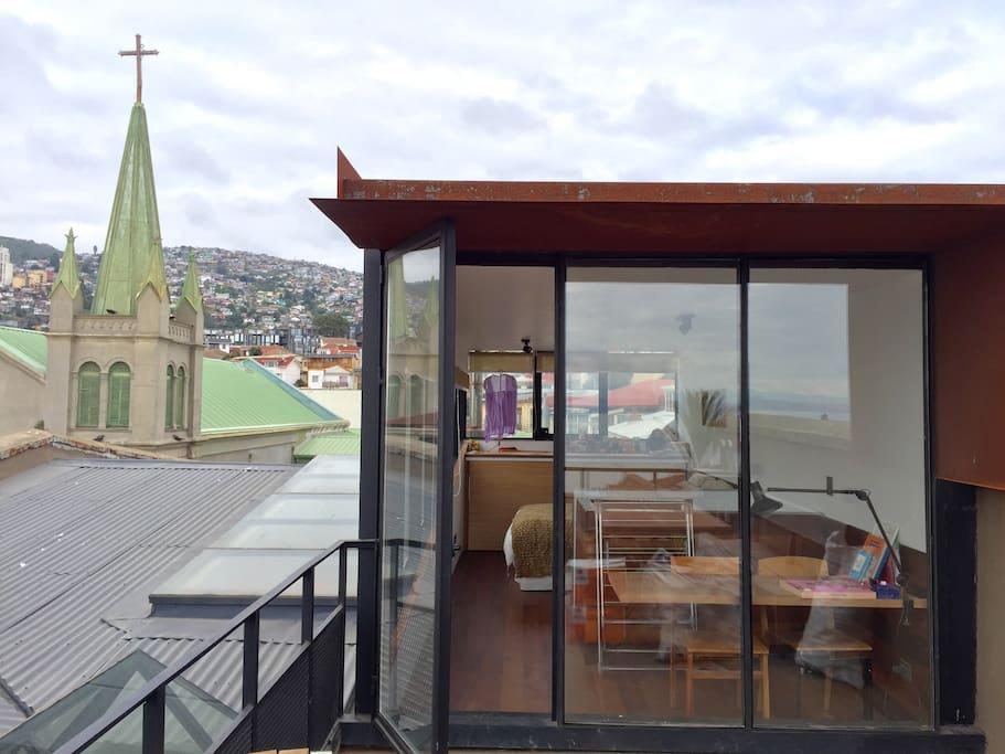habitacion matrimonial con vista y terraza