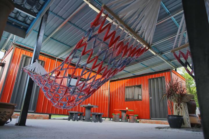 Padang Besar Red Cabin Homestay