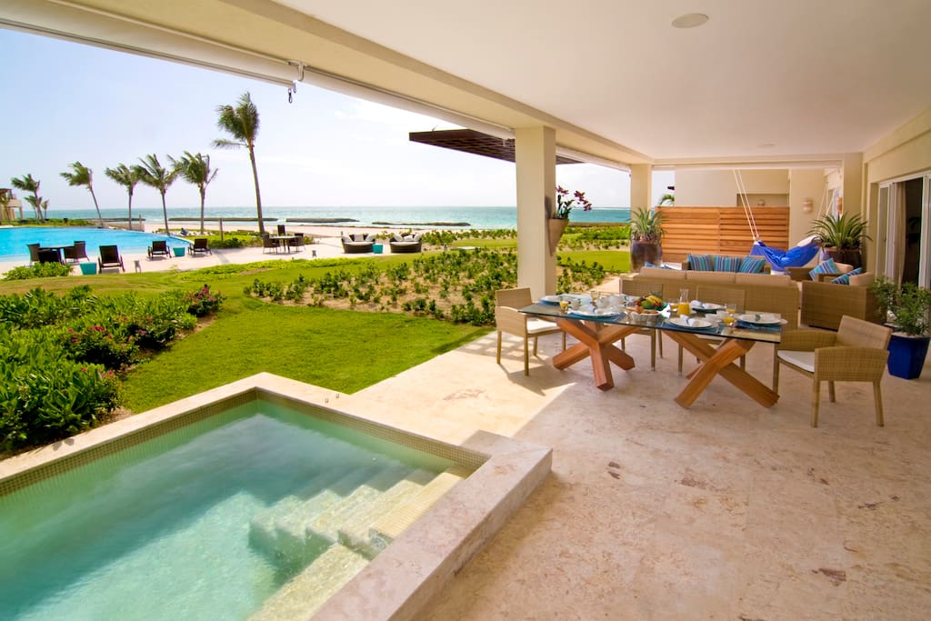 Terraza con Jacuzzi - Terrace with Jacuzzi