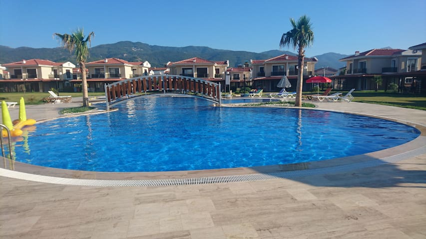 Kusadasi villa with swimming pool for family
