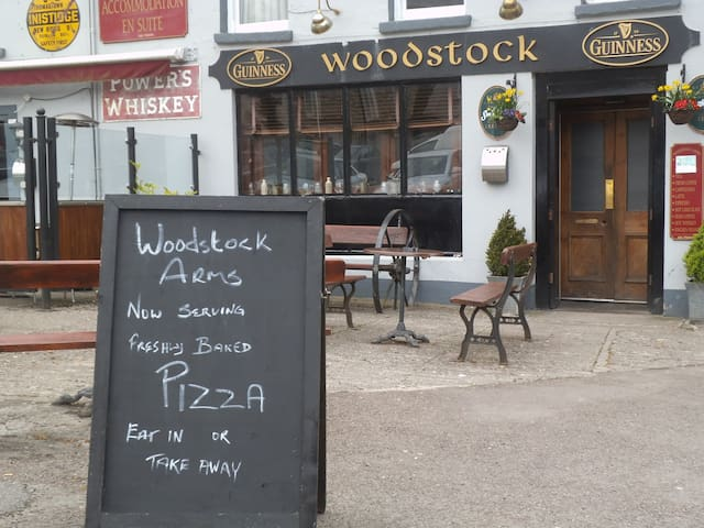 Woodstock Arms B & B, Public House, Inistioge - Inistioge - Bed & Breakfast