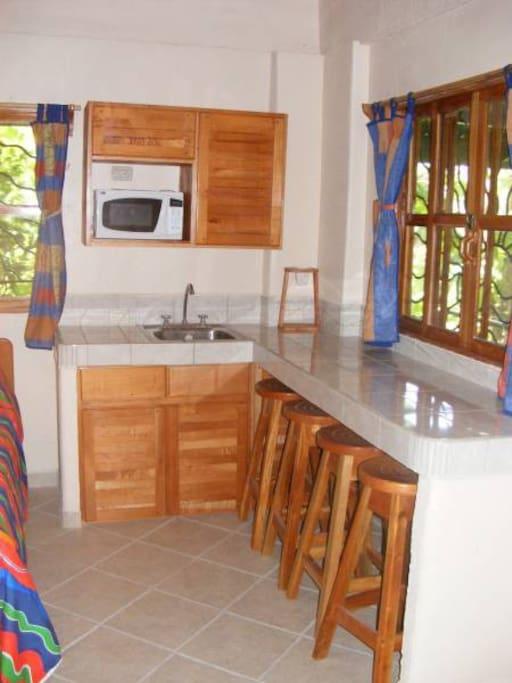 Villa 5 Kitchen & Dining Area