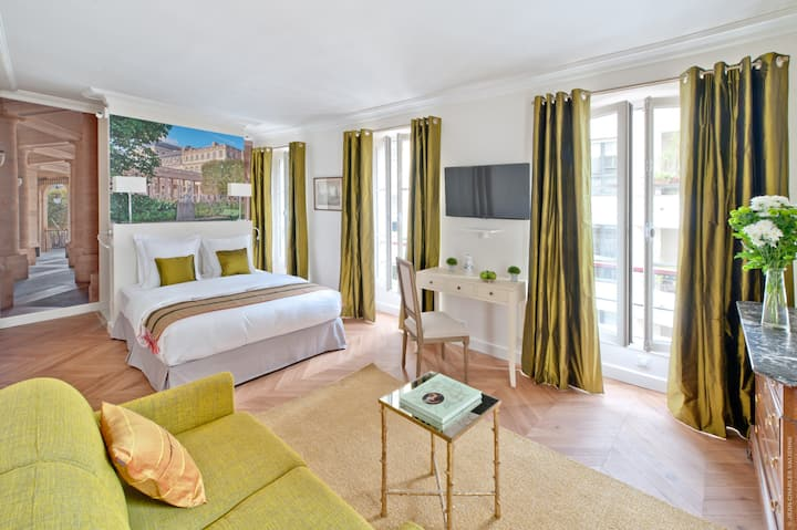 My Home For You LUXURY BnB, Chambre Palais Royal
