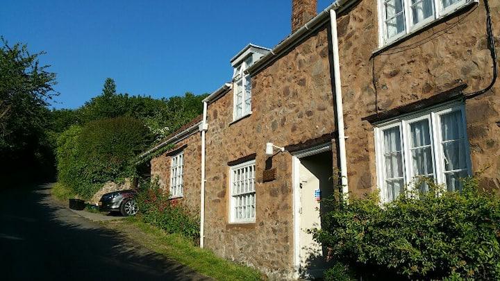 Moonfleat Cottage  Quantock Hills