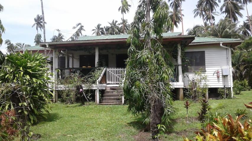 Vusaratu Village.