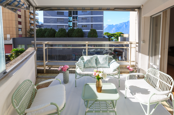 City Center Apartment - Montreux - Private Parking