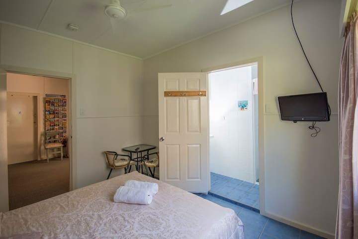 Orchid Guest House - Double Room with Ensuite