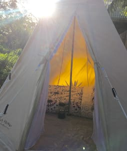 Tipi Tent / Waterfront house - Casa