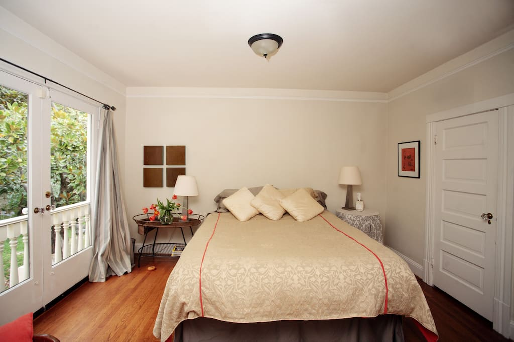 Your big, comfortable king size bed, overlooking the garden