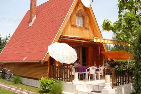Cozy wooden house 101 mi Terrace - Balatonmáriafürdő - Huis