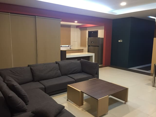 Contemporary unit available for long term rental