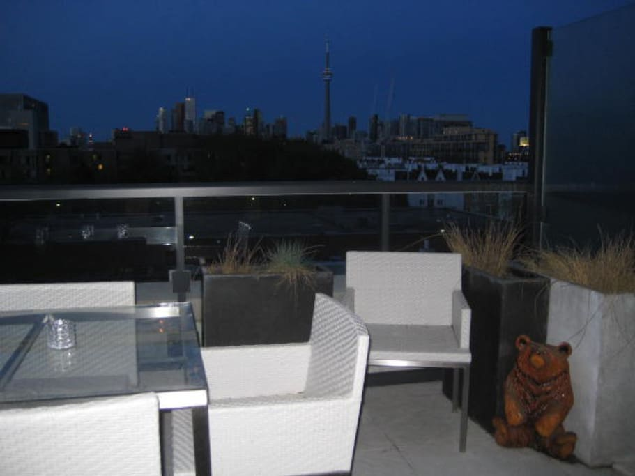 Unobstructed view of downtown Toronto form the gorgeous terrace.