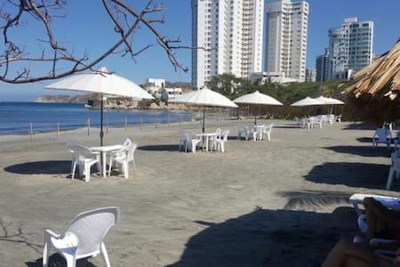 Exclusivo Apartamento Beach Club - 圣玛尔塔 - 公寓