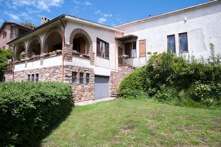 country house between Etruscans  - Capranica - 別荘