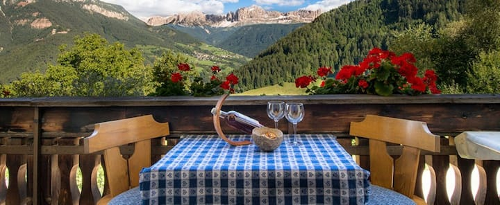"Holiday Apartment ""Grödnerhof - Peter"" with Mountain View, Wi-Fi, Garden, Terrace & Balcony; Parking Available"
