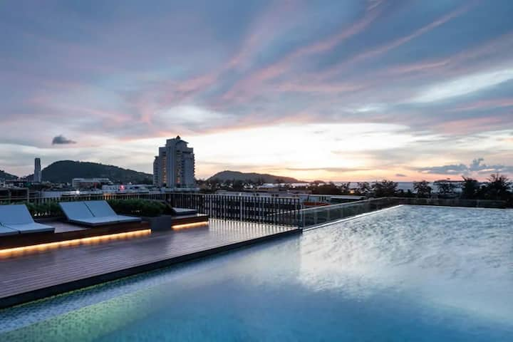 Two Bedrooms & roof top pool at Patong Beach #D28