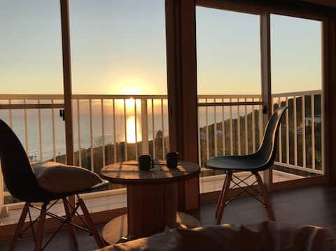 【眺望抜群!】太平洋の海が一望の景色が自慢の一軒家を丸ごと。家族連れ・サーフィン滞在にも!
