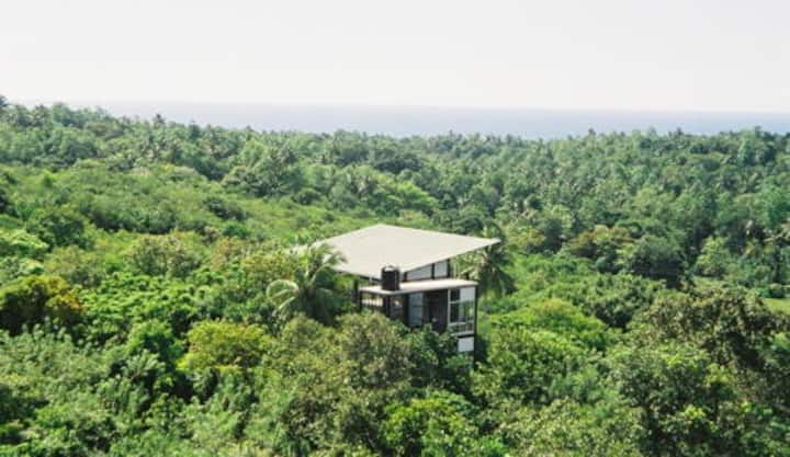 Treehouse with pool b/w Galle and Unawatuna Beach