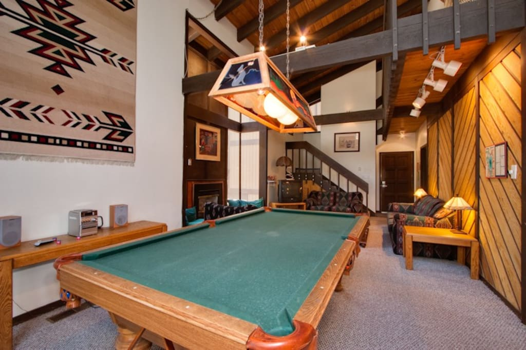 3br Condo 58 Hot Tub Pool Table In The Woods
