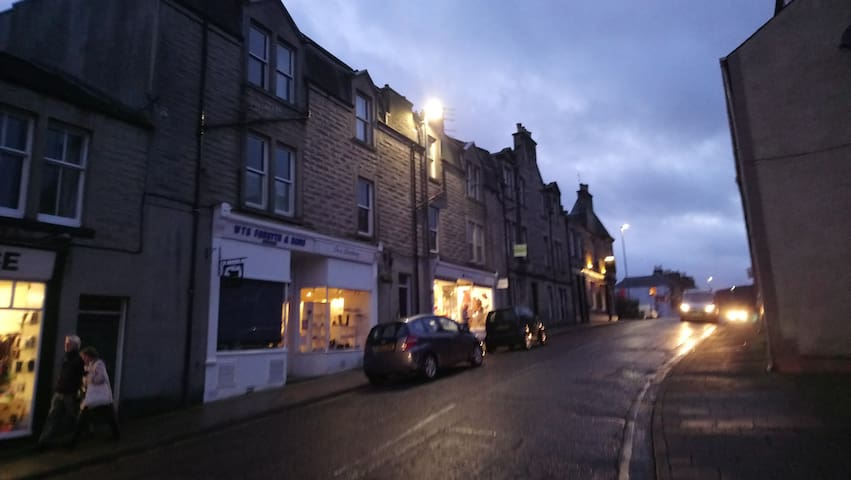 Situated in the historic Old Town of Peebles
