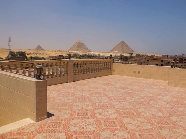 Pyramids magic view hostel