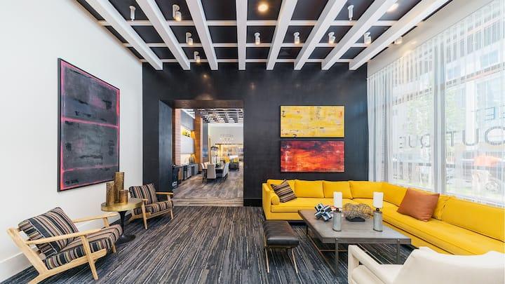 Extravagant | Unique | Location| Luxury | Lounge