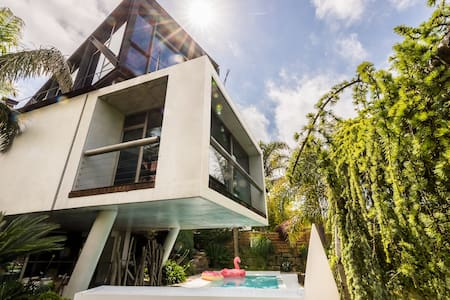 VILLA BOROBIL: Luxury Design Villa with Pool