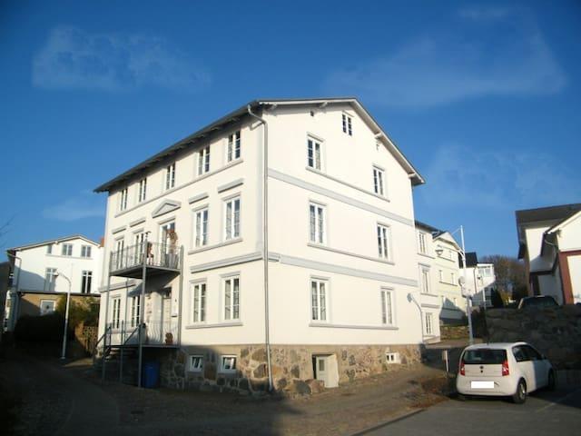 Ferienwohnung Blue-White auf Rügen - Sassnitz - 公寓
