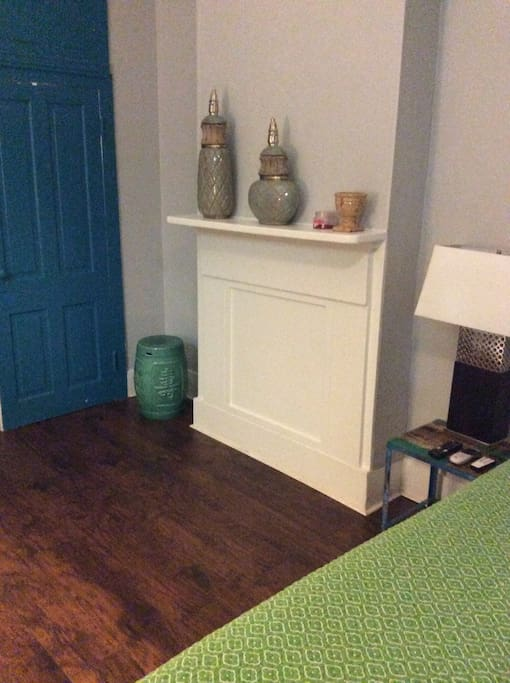 One Bedroom Suite On St Charles Ave Flats For Rent In New Orleans Louisiana United States