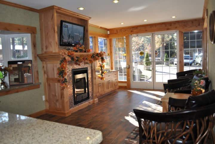 SOUTH LAKE TAHOE HOLIDAY SPECIAL - 12/22-12/29
