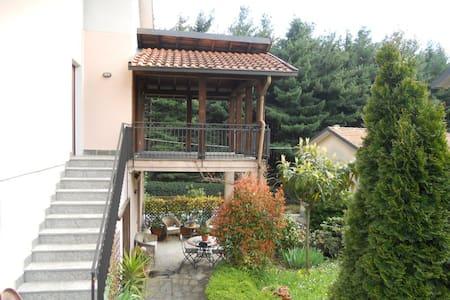 La pineta - San Fermo della Battaglia - House
