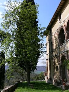 """""""ancient smell"""" in the green hills - Todi - Villa"""
