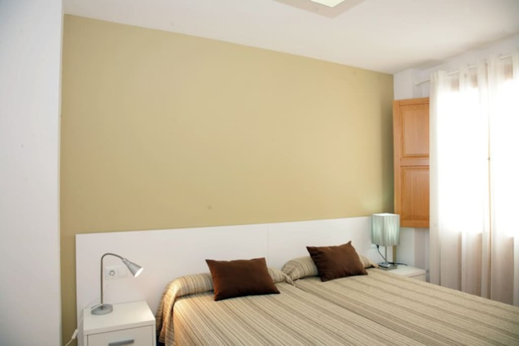 Great location best place in town flats for rent in - Edificio palomar valencia ...