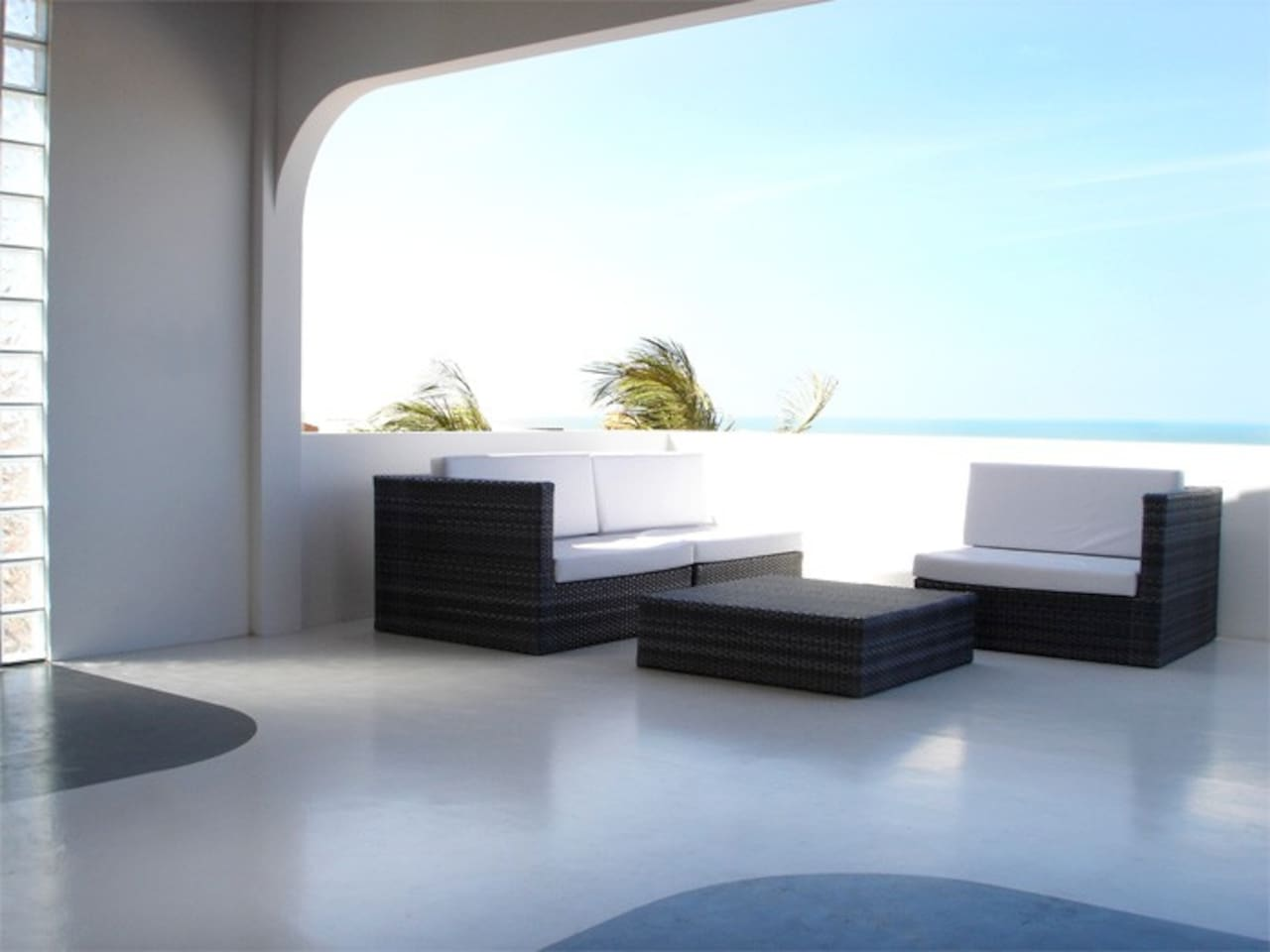 Terrace Lounge with seaview