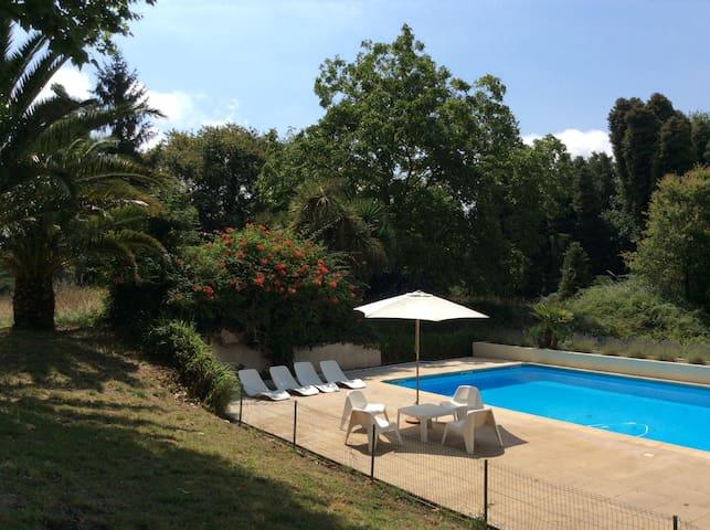 Cadre exceptionnel avec piscine prés d'Hossegor - Saubion - Talo