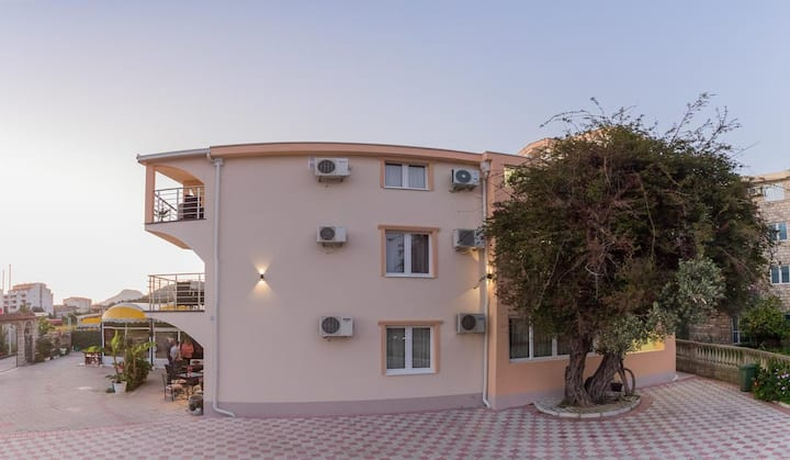 Villa Jadran Apartments - Double Room with Mountain View