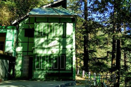 Colonels Retreat Annex - Shimla