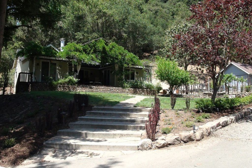Private House - 2 bedroom, 2 bath