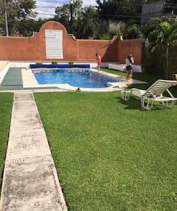 Comfy House in Temixco, Morelos - Temixco - Ház