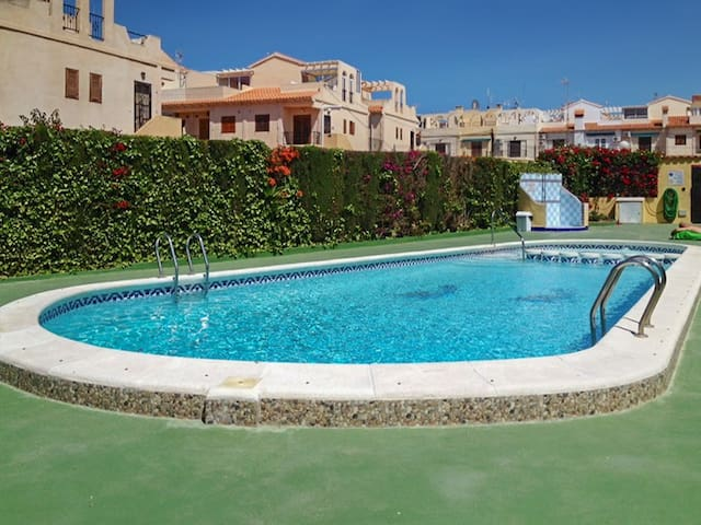 Apartment with lovely terrace - Torrevieja - Appartement
