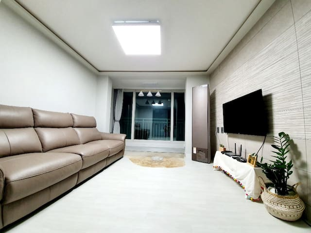 장산댁의 Lovely cozy house at Jangsan st (female only)