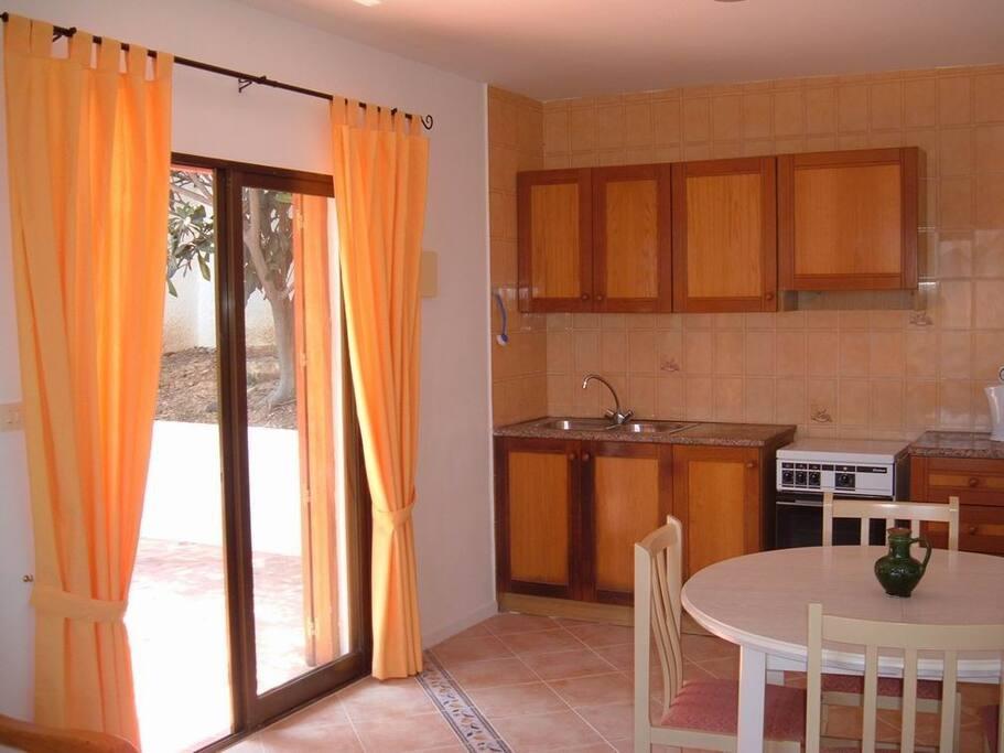 lounge-diner-kitchen