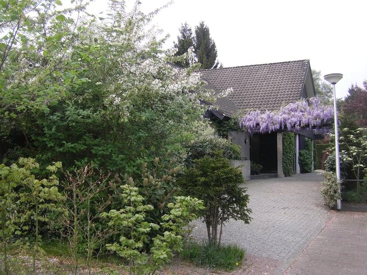 Enschede, nice B&B in quiet area